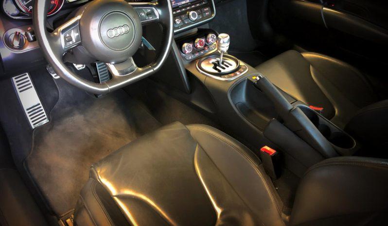 2010 Audi R8 full